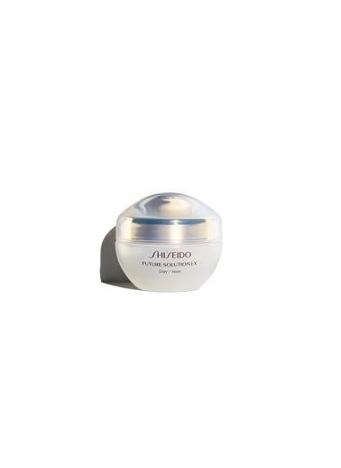 Shiseido Shiseido Future Solution Lx Total Protective Gündüz Koruma Faktörlü Yoğun Nem Sağlayan Krem 50 ml Renksiz